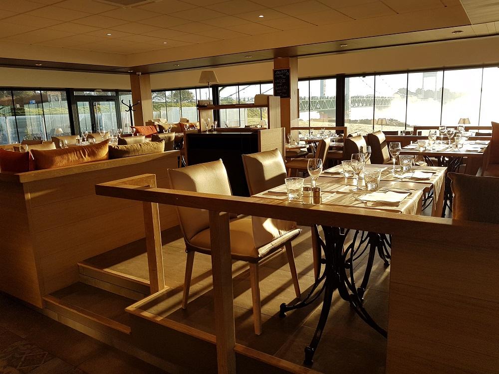 intérieur restaurant roche bernard